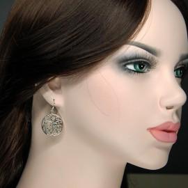 Earrings, round flowers design